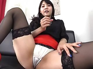 Luscious amateur riding cunt on huge dildo