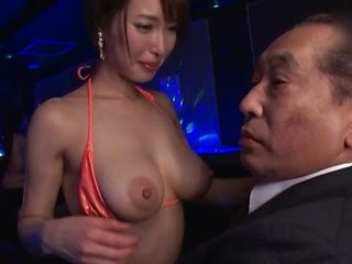 Kimijima Mio is a smoking hot milf