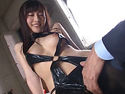Glamour babe in leather stockings Kitano Nozomi grinds on a cock
