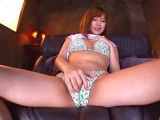 Okazaki Emiri ,get kinky on her sex toys