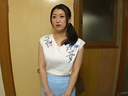 Japanese housewife having hardcore sex