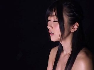 Cute Japanese AV model Ootsuki Hibiki enjoys amazing oral actions