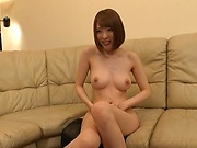 Naked milf Honda Misaki masturbates to make guys horny