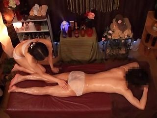 Spicy hardcore shag for a wild milf masseur