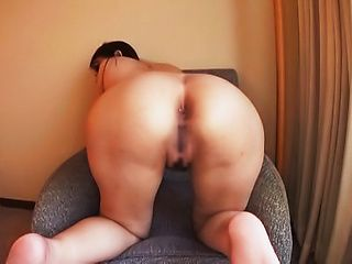 Superb Asian milf does a mindblowing solo session