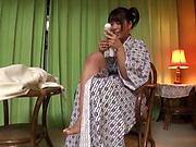 Aroused Matsushita Miori shows off impressive solo XXX