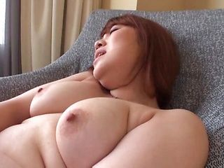 Racy milf with shaved pussy got nailed