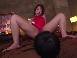Milf likes all kinds of sex toys a lot
