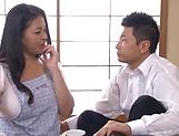 Gorgeous Yuuko Ishibashi enjoying cock during foursome