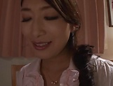 Mature Asian babe Kobayakawa Reiko fisted hardcore