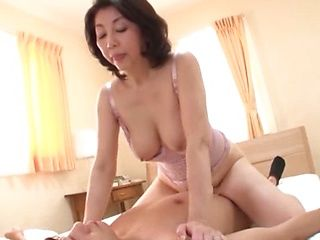 Japanese mature is a cock sucking master
