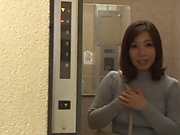 Busty mature Ishikawa Asumi enjoys getting her clit teased