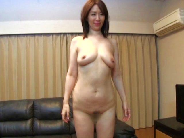 Mature Japanese woman is masturbating