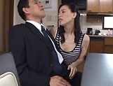 Hardcore housewife gets her cunt penetrated picture 14