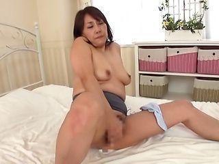 Sensual solo session with solo girl Ikumi Kondou