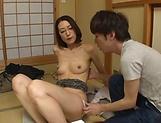 Mature lass Fueki Isao gives a good blowjob