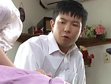 Naughty wife Yamaguchi Mari gives hubby quite a work out