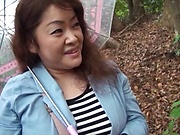 Licking session with a hot Tokyo mature woman