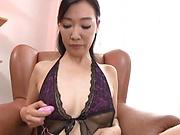 Superb Japan milf in smashing pussy fingering solo