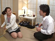 Kurino Yuoko gets her shaved cunt licked and drilled