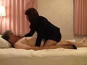 Fujishita Rika performs superb dick pleasing