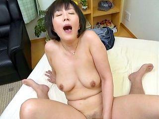 Lovely Enshiro Hitomi in a sensual dildo action