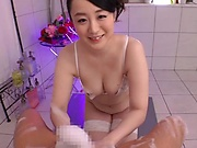 Flaming mature offers blowjob to younger hunk