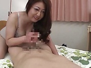 Japanese mature likes to have casual sex