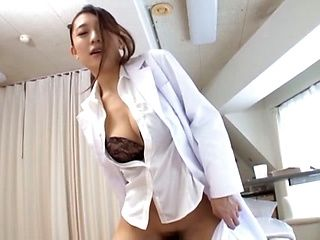 Xxx Mature call lesbian hooker in the hotel room