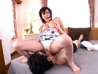 Aimi Yoshikawa gets her twat nailed superbly