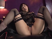 Hoshina Ai works large dildo in her tiny pussy and ass