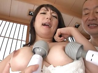 Nikaidou Yuri featured in a superb threesome