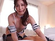 Sasaki Aki flaunts her sexy nice ass