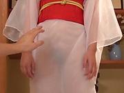 Hot Japanese lady Saki Hatsumi gives sensational handjob