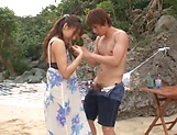 Ayami Shunka ,pleasures a dude on the beach picture 14