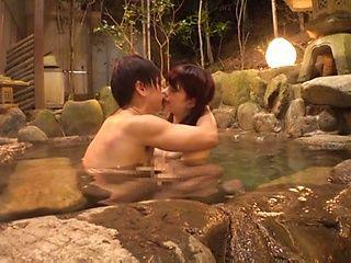 Arimura Nozomi is having sex outdoors