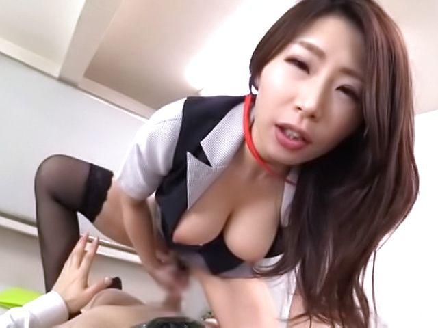 Shinoda Ayumi shows her kinky side