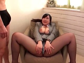 Japanese milf likes to do naughty stuff