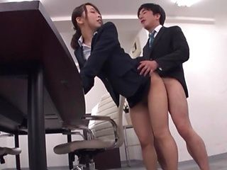 Office lady is good at keeping men happy