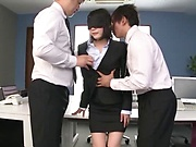 Suzumura Airi had a threesome at work