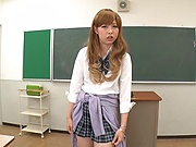 Aoi Rena ,pleases in a lovely solo girl scene