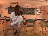 Adorable schoolgirl Ogawa Rio gets wild in class