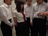 Sleazy teen Suzumura Airi enjoys a steamy foursome picture 11