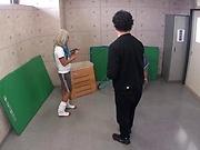Maruyama Reona ,shows her kinky side