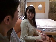 Hakii Haruka ,flaunts her sexy big tits