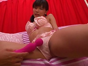 Babe with shaved pussy got a vibrator