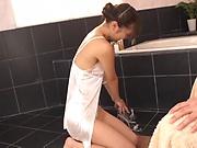 Bubble bath massage with a handjob