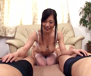 Mature Japanese lady had hardcore sex