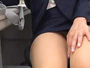 Amateur babe gets kinky and toys eager pussy