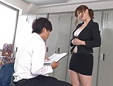 Curvy busty Nakamura Chie shows off her sexy lingerie